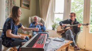 Saramai, Peter Fallon, Oisin Leech - Photo by Suella- Holland